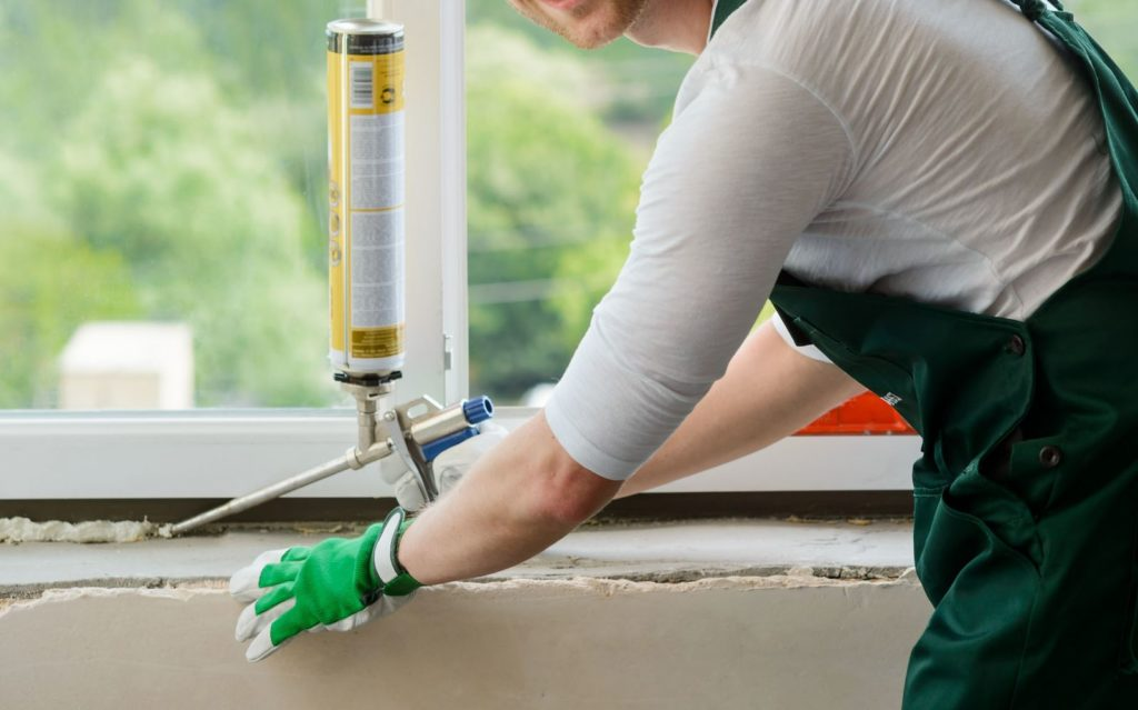 Как правильно выбрать компанию для остекления вашего дома?